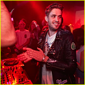The Summer Set's Brian Dales Takes the Stage at Emo Nite!