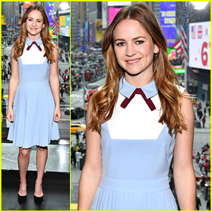 VIDEO: Britt Robertson Tells Story About Craziest Thing ...