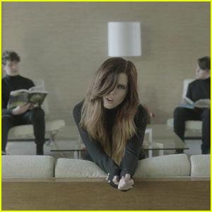 Echosmith Release 'Over My Head' Music Video - Watch Now!