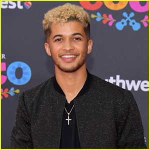 Jordan Fisher Shares The First Pics of His New Puppy!