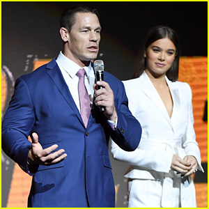 Hailee Steinfeld Discusses Her New Movie 'Bumblebee' at CinemaCon 2018!