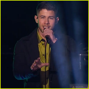 Nick Jonas Performs 'Jealous' With 'American Idol' Contestant Jurnee - Watch Now!
