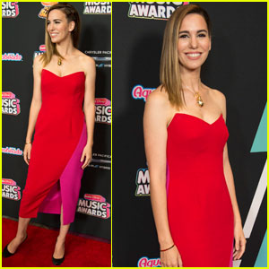 Christy Carlson Romano Takes Her Nephew to the Radio Disney Music Awards 2018!