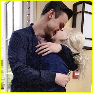 Dove Cameron Gets Loving Hug From Boyfriend Thomas Doherty in Super Sweet Pic