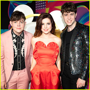Echosmith Snap a Photo With Ardy at the Radio Disney Music Awards 2018