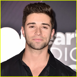 Jake Miller Covers 'Over The Rainbow' & Encourages Fans To Go After Passions