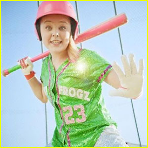 JoJo Siwa Drops 'High Top Shoes' Music Video - Watch Now!