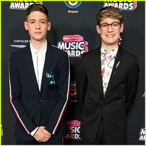 Max & Harvey Add Pops of Color to Their Suits at Radio Disney Music Awards 2018!