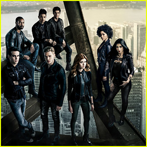'Shadowhunters' Showrunner Says Fans Will Be Satisfied By Two-Hour Series Finale