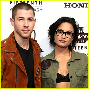 Nick, Joe, & Kevin Jonas Tweet Support for Demi Lovato