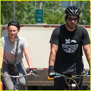 Joe Jonas & Sophie Turner Hit the NYC Streets for Their Bike Ride!