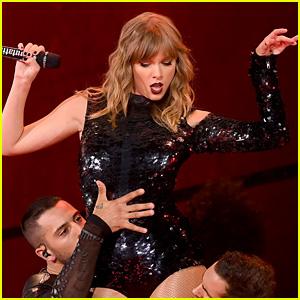 Taylor Swift Makes History with 'reputation Stadium Tour'