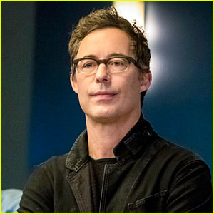 Harrison Wells Will Be a Detective In 'The Flash' Season 5