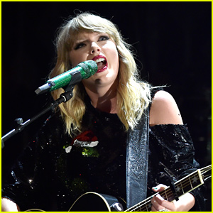 Taylor Swift Sings 'Tied Together With a Smile' Live for the First Time in Years