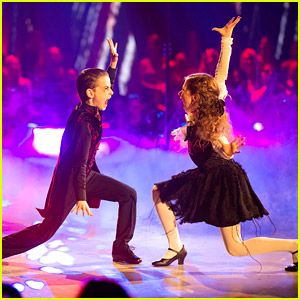 Jason Maybaum Becomes a Vampire For 'DWTS Juniors' on Halloween Night!