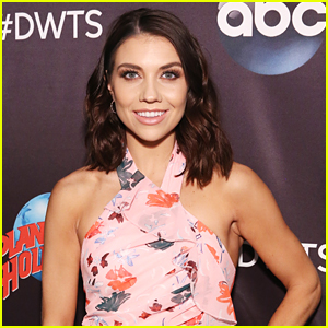 Jenna Johnson Calls Out Online Bullies In a Powerful & Important Message