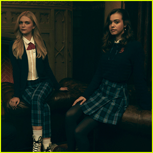 Kaylee Bryant & Jenny Boyd Talk Playing The Saltzman Twins on 'Legacies'