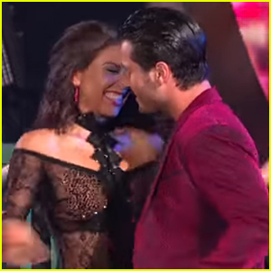 Val Chmerkovskiy & Jenna Johnson Share Cute Moment in 'DWTS' New York Night Opening Number - Watch!