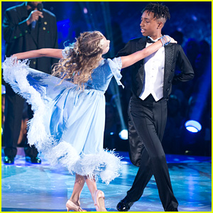 Mandla Morris's Dad Stevie Wonder Sings For His Dance on 'DWTS Juniors' - Watch Now!