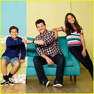 Disney Channel Show 'Sydney To The Max' To Premiere in January!