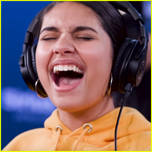 Alessia Cara Performs Mashup of Destiny's Child Hit Songs - Watch Here!