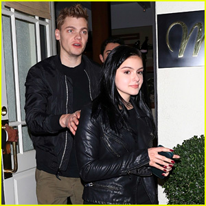 Ariel Winter Would've 'Ninja'd' Her Way To Meet This Other Celeb While in NYC