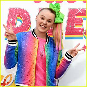 JoJo Siwa Clears Things Up After Her Twitter Got Hacked!