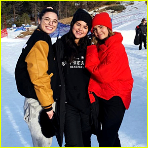 Wizards' Selena Gomez & Bailee Madison Reunite for a Snow Day!