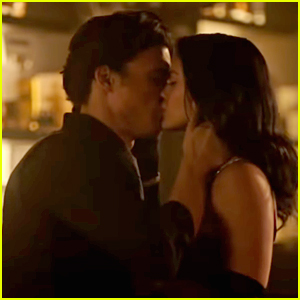Charles Melton Opens Up About What's Ahead for Veronica & Reggie After Their Kiss on 'Riverdale'