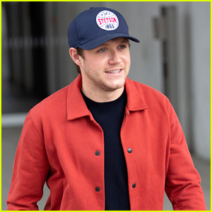 Niall Horan Keeps It Patriotic for Radio Show Appearance