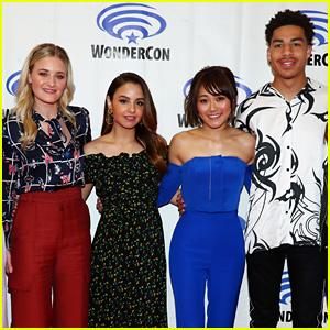 Netflix's 'She-Ra' Cast Unites for WonderCon 2019!