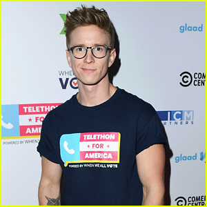 YouTuber Tyler Oakley Was 'Declared a Threat to Airport Property'