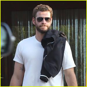 Liam Hemsworth Channels 'Men In Black' For Malibu Lunch