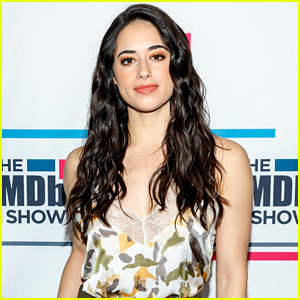 Jeanine Mason Reveals the Unique Way She's Preparing for 'Roswell, New Mexico' Season 2!