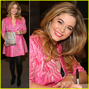 Sasha Pieterse Gets So Much Support From Fans & PLL Co-Stars For New Book 'Sasha In Good Taste'