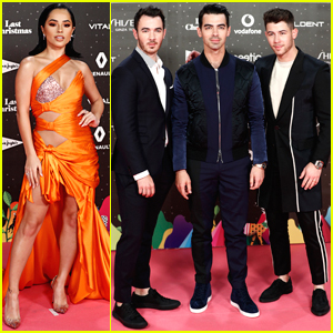Becky G & Jonas Brothers Perform at LOS40 Music Awards In Spain