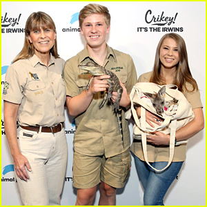 Bindi Irwin's Family Has Treated 90,000 Animals Amid Australian Fires