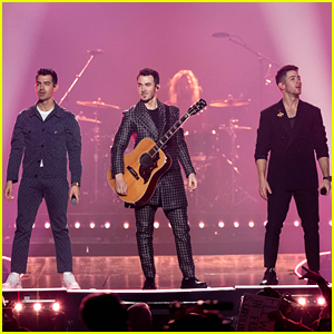 Jonas Brothers Keep Good News Coming, Announce '5 More Minutes' Release Date