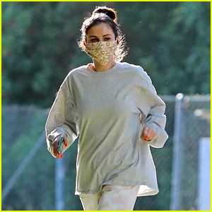Selena Gomez Reveals What She's Watching While in Quarantine
