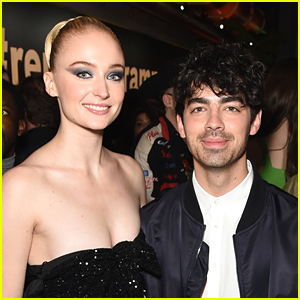 Sophie Turner & Joe Jonas Share Photos From Her Pregnancy For The First Time