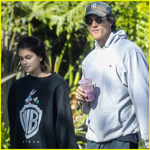 Jacob Elordi & Kaia Gerber Start Off Their Day with Morning Walk in Santa Monica