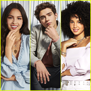 Olivia Rodrigo, Joshua Bassett & More Star In New 'HSMTMTS' Cast Portraits!