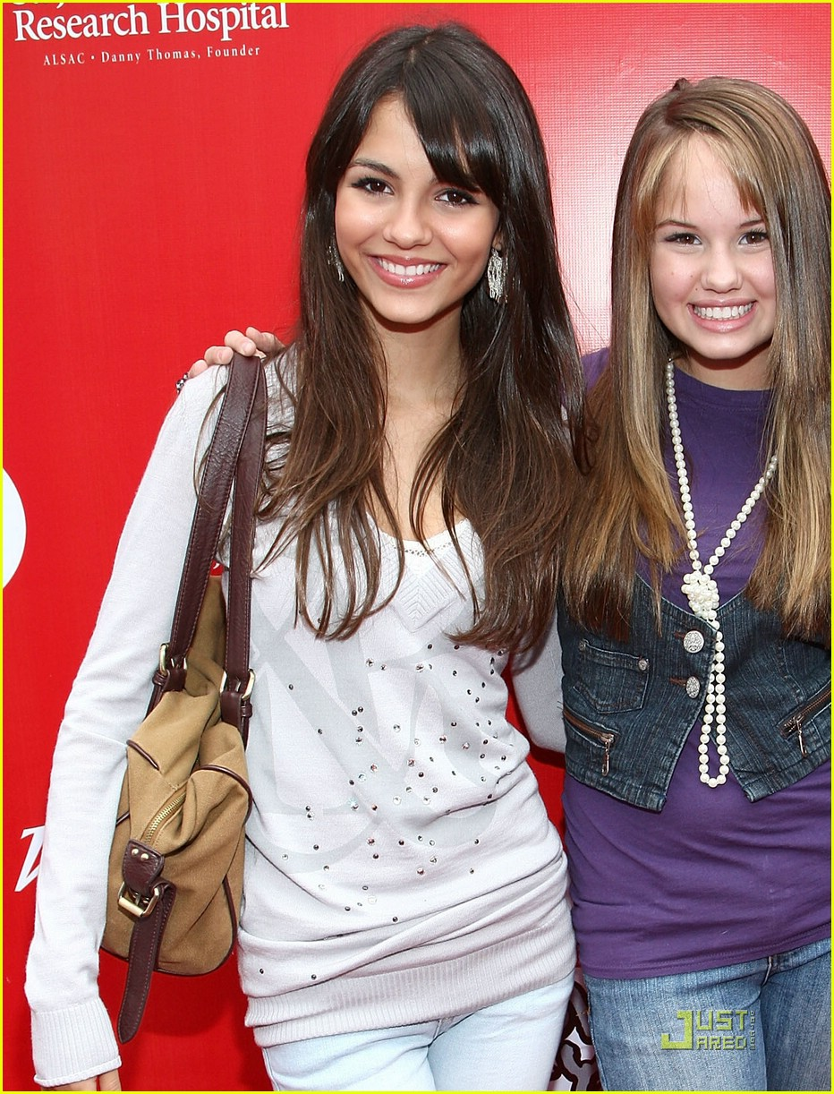 victoria justice target bullseye 03
