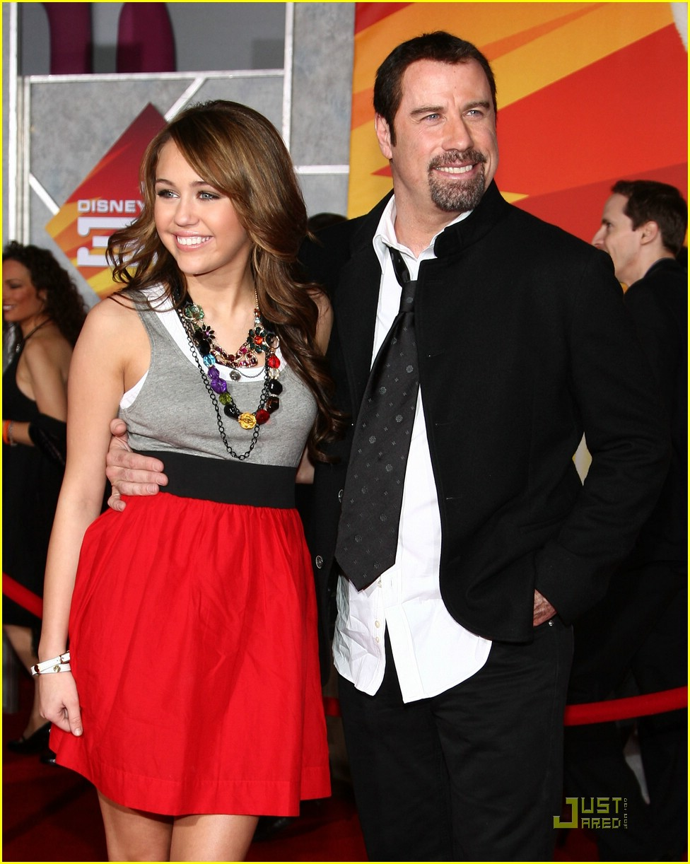 miley cyrus bolt premiere 34