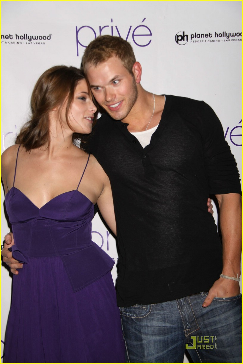 ashley greene kellan lutz prive 04