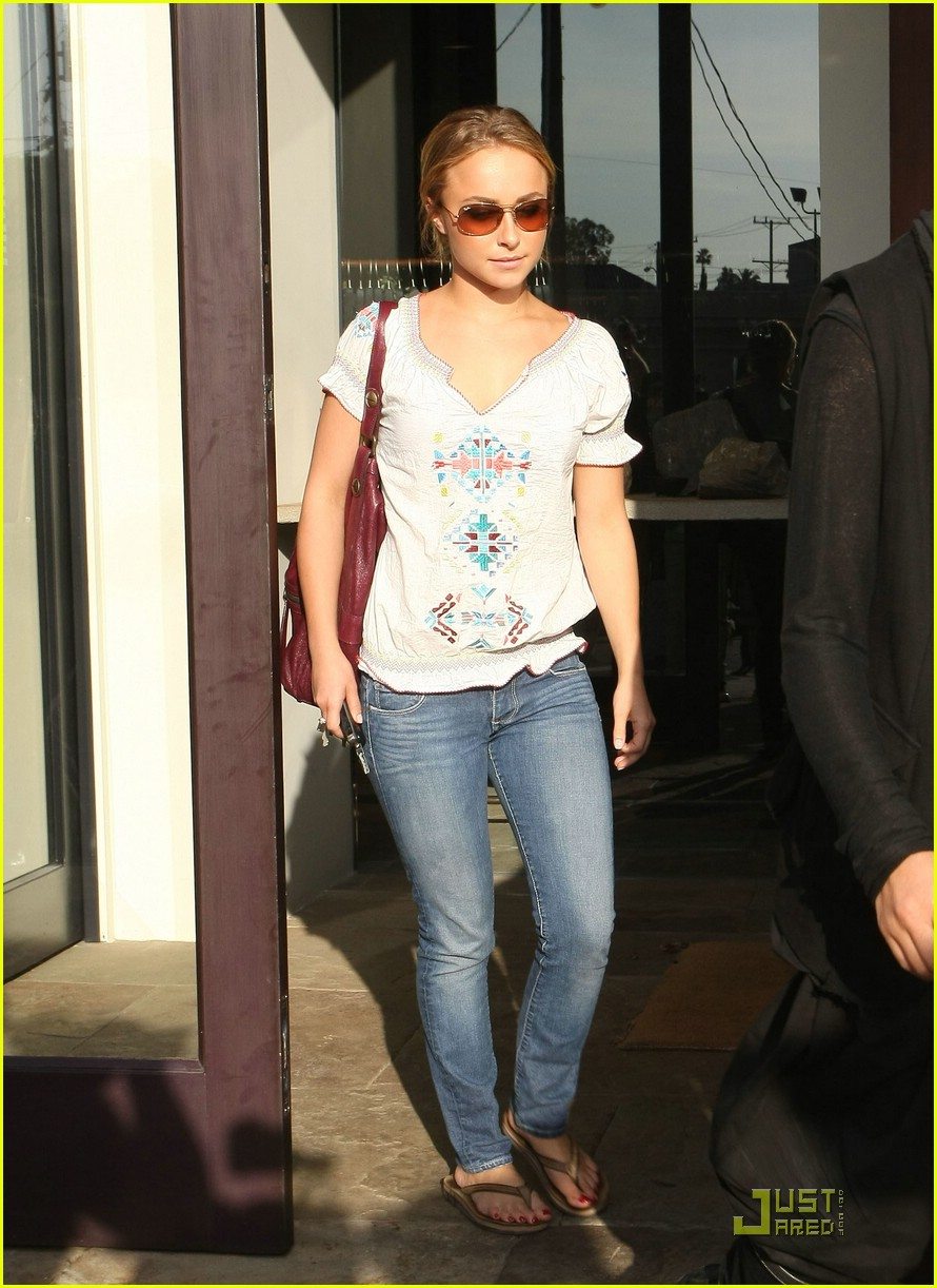 hayden panettiere chrys shop 07