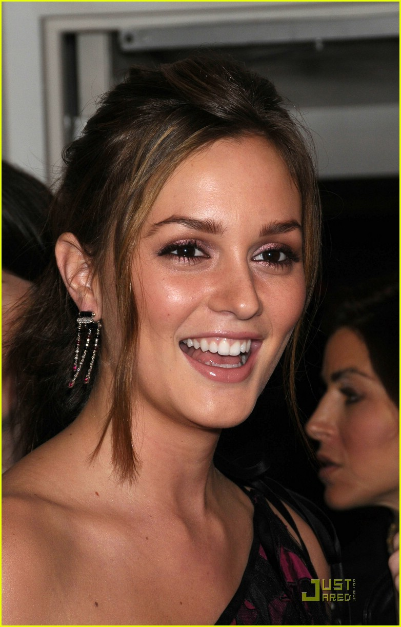 leighton meester lucky shops 02