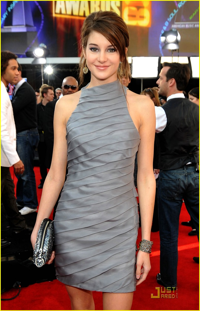shailene woodley ama awards 01