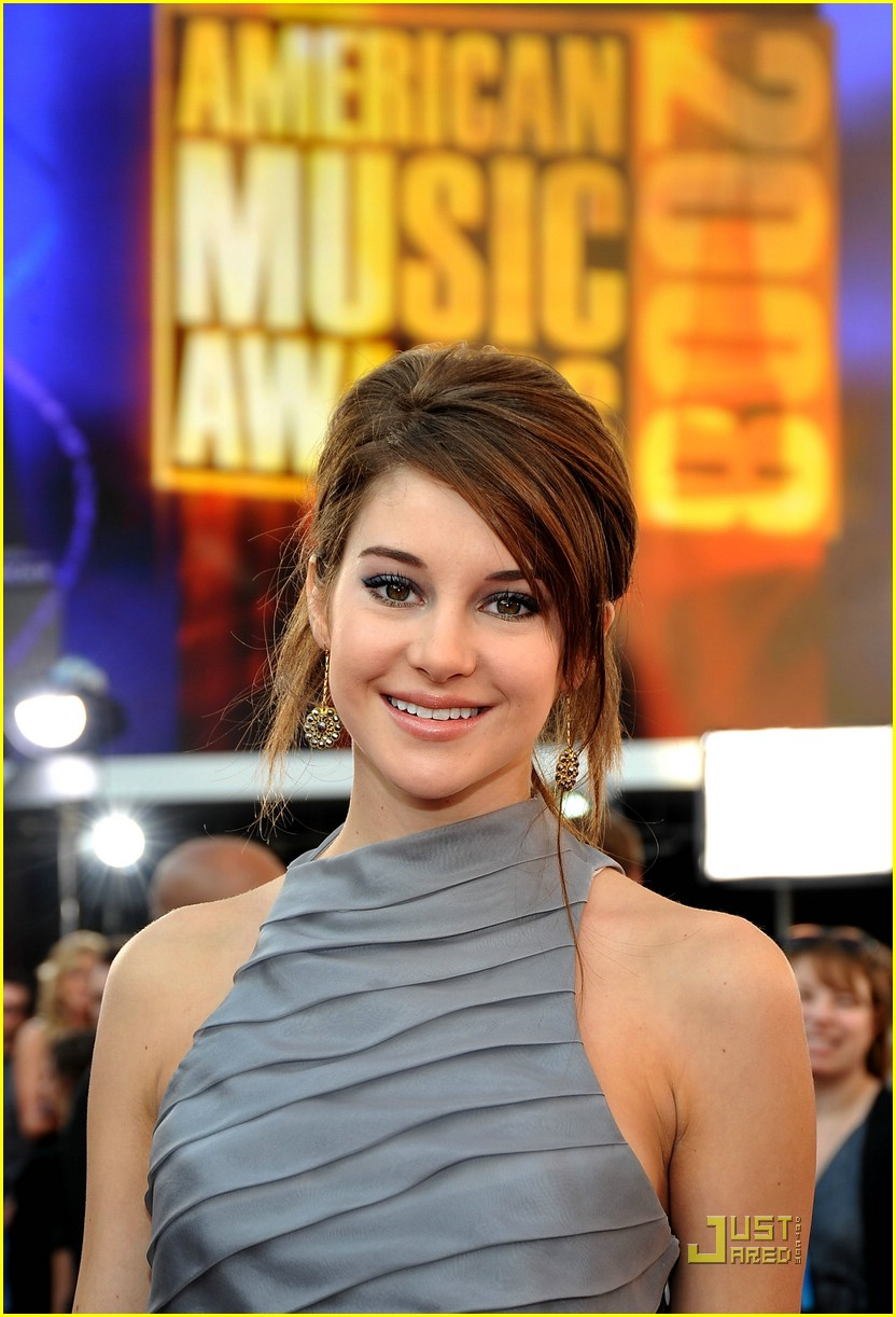 shailene woodley ama awards 06