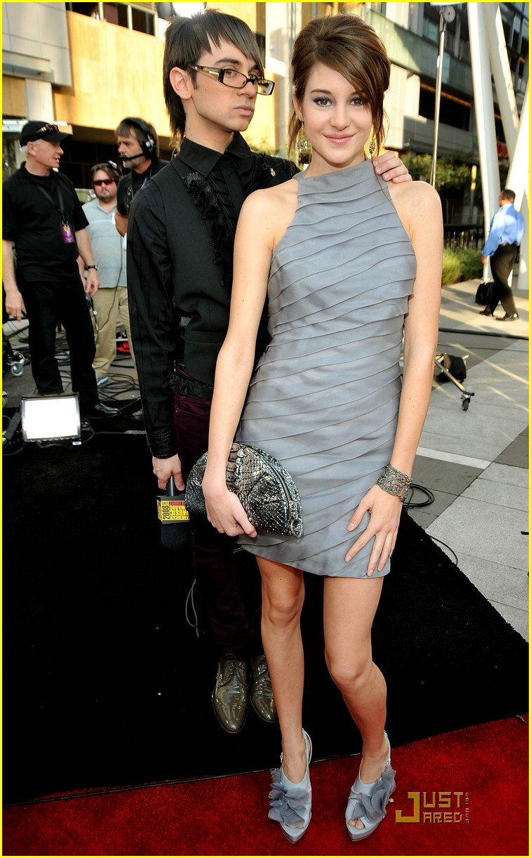 shailene woodley ama awards 09